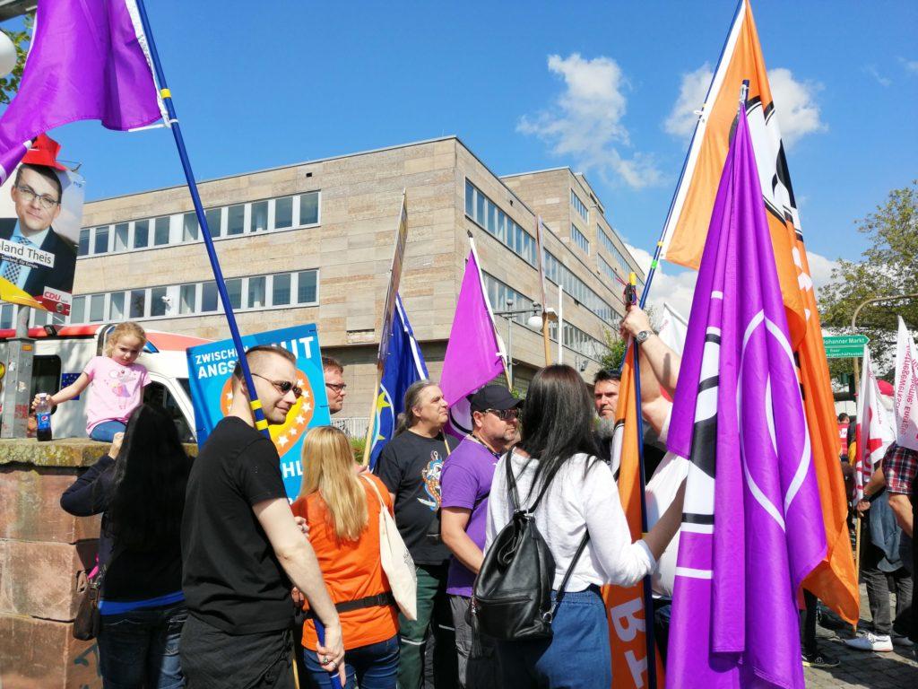 Demonstration zum 1 Mai in Saarbrücken